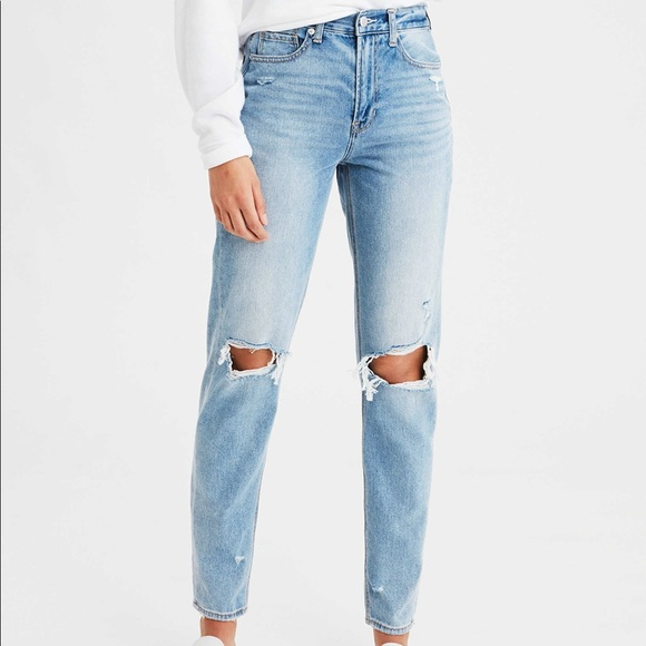 American Eagle Outfitters Denim - American Eagle Mom Jeans